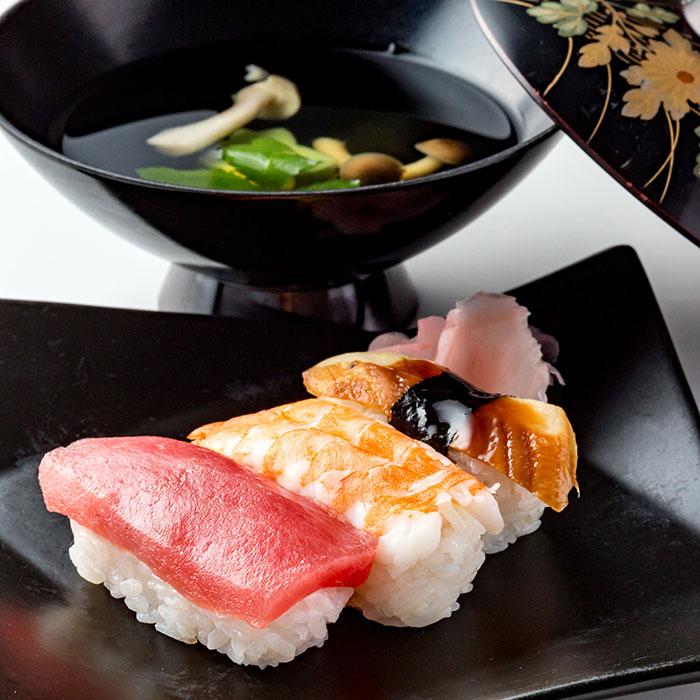 握り寿司と御吸物
